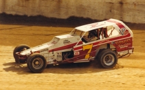 Jeff Heotzler pilots the Kisacky/Castle 7 at the Lebanon Valley Speedway.