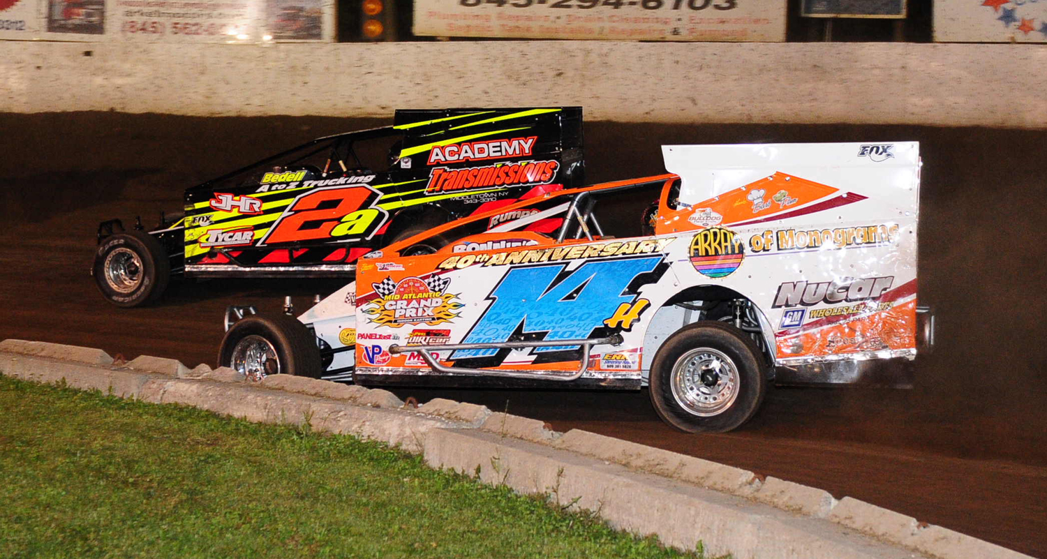 Father and Son do battle at the Accord Speedway... Jeff Heotzler Jr. 14h and Jeff Heotzler Sr. in the 2a