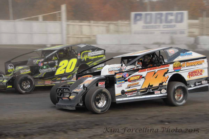 Jeff Heotzler, 14h, battles Brett Hearn, 20, during the 2015 Eastern States 200 at the Orange County Fair Speedway!